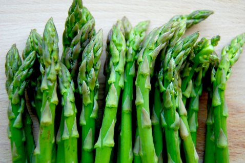 Asparagus-and-Mushroom-on-Gluten-Free-Toast1.jpg